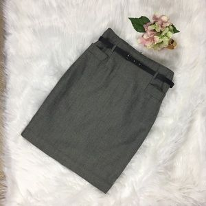 H&M Black and White Skirt Size 4